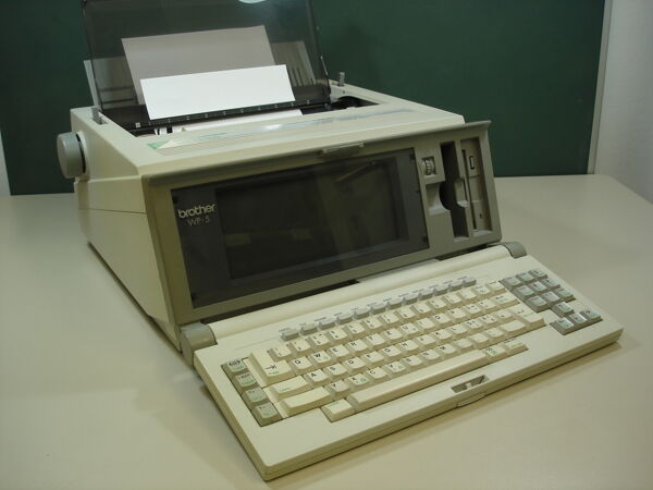 Vorschaubild Electronic Word Processing  Typewriter