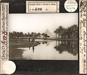 translation missing: de.preview Gizeh, Landschaft mit Sphinx und Chephren Pyramide von Südosten (Stoedtner-Nr. 4354)