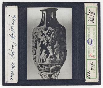 Vorschaubild Glasgefäß aus Pompeji. Weinlese