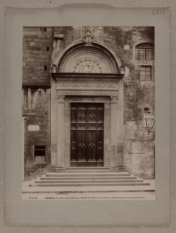 Vorschaubild Florenz: Badia, Portal. Benedetto da Rovezzano ?