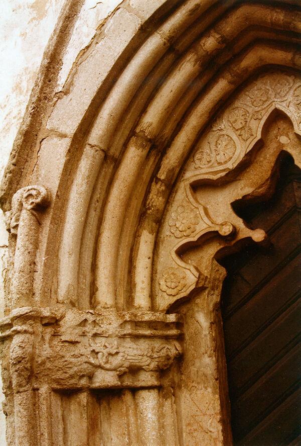 Vorschaubild Pfarrkirche von Hejde, Chorportal