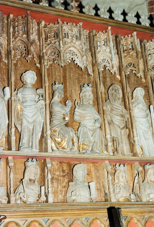 Vorschaubild Kloster Arendsee, Kirche, Wandelaltar mit Maria als Fürbitterin und Heiligenfiguren (Foto 1990)
