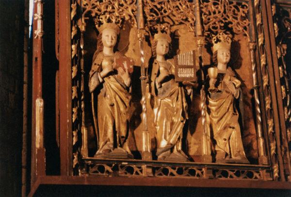 Vorschaubild Stiftskirche St. Maria, St. Johannes und St. Elisabeth, Marienaltar, Flügel, weibliche Heilige (Foto 1990)