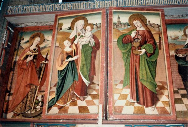 Vorschaubild Stiftskirche St. Maria, St. Johannes und St. Elisabeth, Marienaltar mit geschlossenen Flügeln, Anna Selbdritt, Johannes, Hl. Katharina  (Foto 1990)