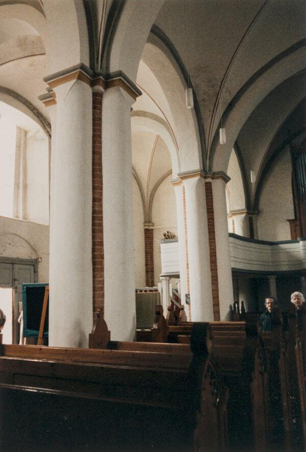 Vorschaubild Stadtkirche, Langhauspfeiler (Foto 1990)
