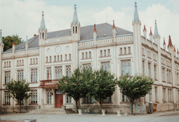 translation missing: de.preview Rathaus (Foto 1990)