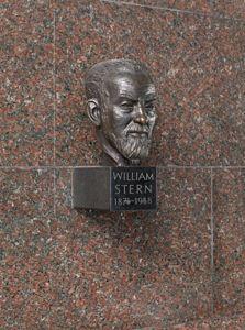 translation missing: de.preview Büste William Stern