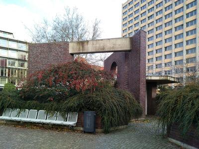translation missing: de.preview Bau-Skulptur